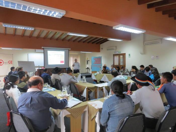 Transiciones y alternativas a los extractivismos en Perú